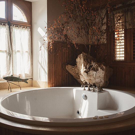 Baignoire de la chambre 3 au Moulin de Sauvage