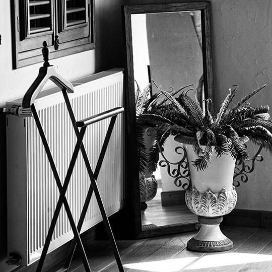 Détail déco du salon de la chambre 3 au Moulin de Sauvage